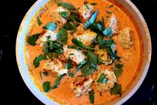 Hogans Farm Red Thai Curry Meatballs